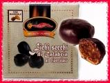 Fichi ripieni di Noci e ricoperti al cioccolato